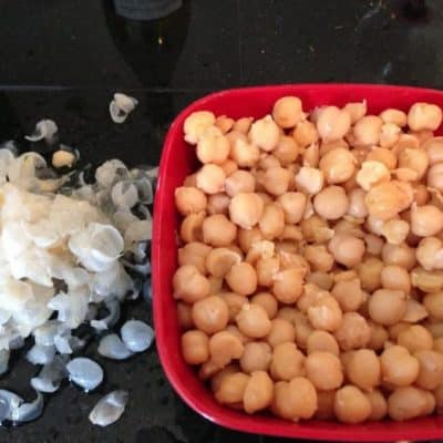 Food Flash!   Naked Garbanzo Beans Make Creamier Hummus