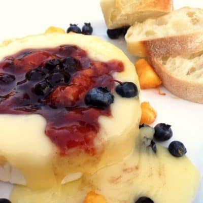 Baked Brie with Fresh Peach and Blueberry Compote