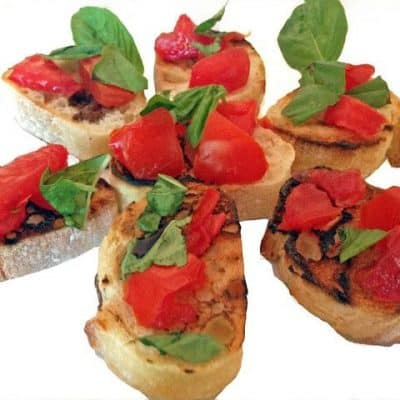 Bruschetta al Pomodoro (Garlic-Rubbed Toast with Fresh Tomatoes and Basil)
