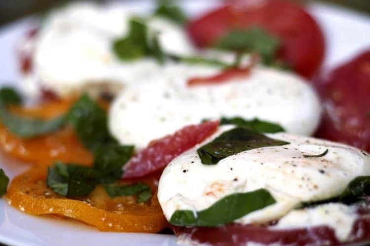A plate of food with Burrata
