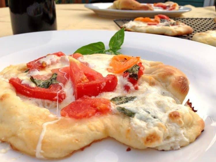 Burrata Pizza Margherita
