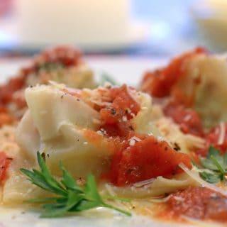 Wonton Ravioli Recipe with Sausage and Ricotta Cheese