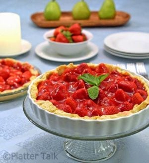 a strawberry pie in a dish