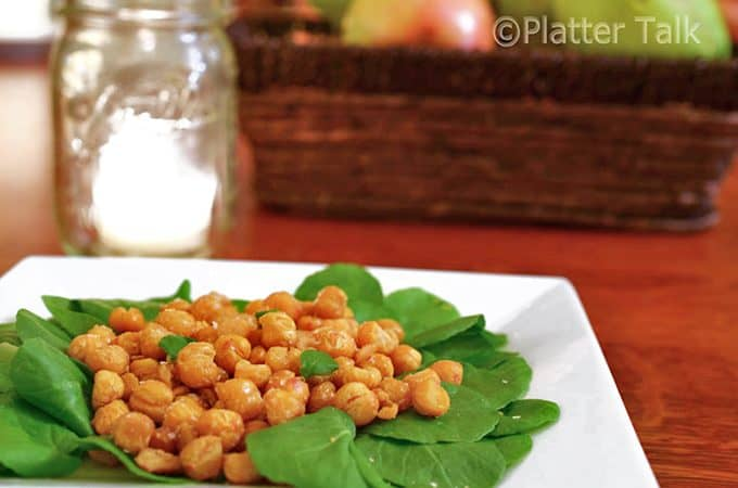 Plate cripsy chick peas, try these healthy baked snaccks soon.
