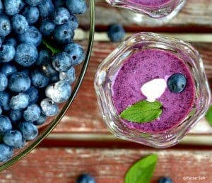 blueberry-soup-chilled