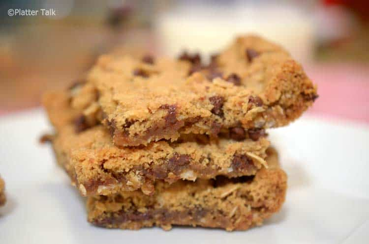 oatmeal and choc chip bars