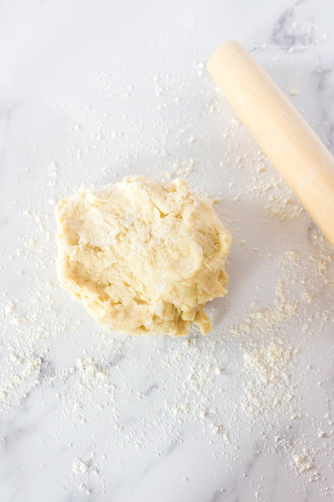 Ball of dough and rolling pin