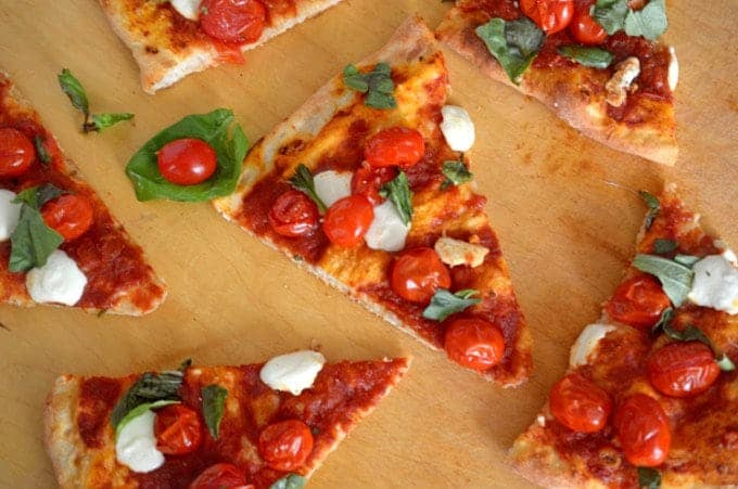 Pizza Margarita Fast and Easy
