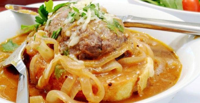 French Onion Salisbury Steak Recipe & Cheesy Garlic Toast