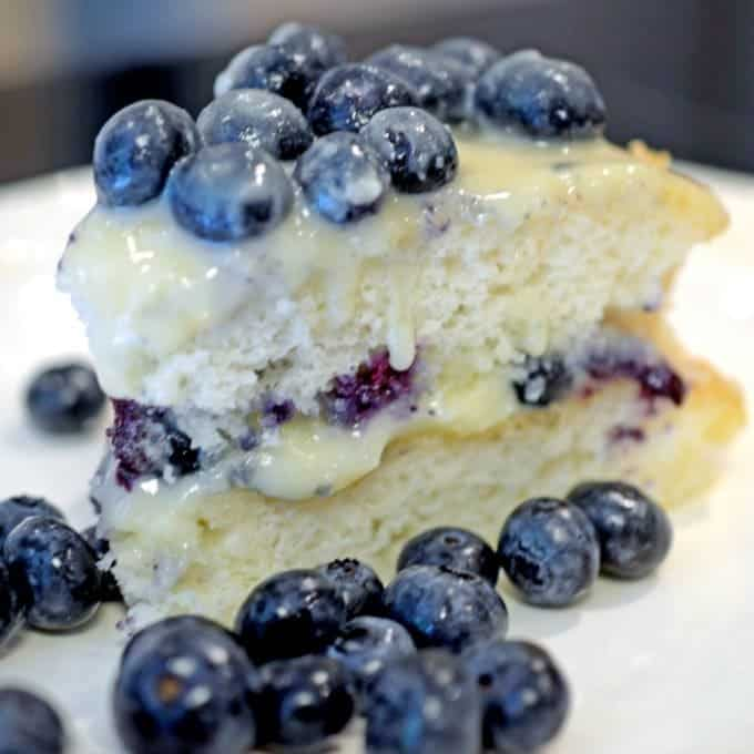 Bluebrry Cake
