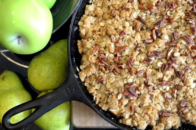 Autumn Apple Pear Crisp