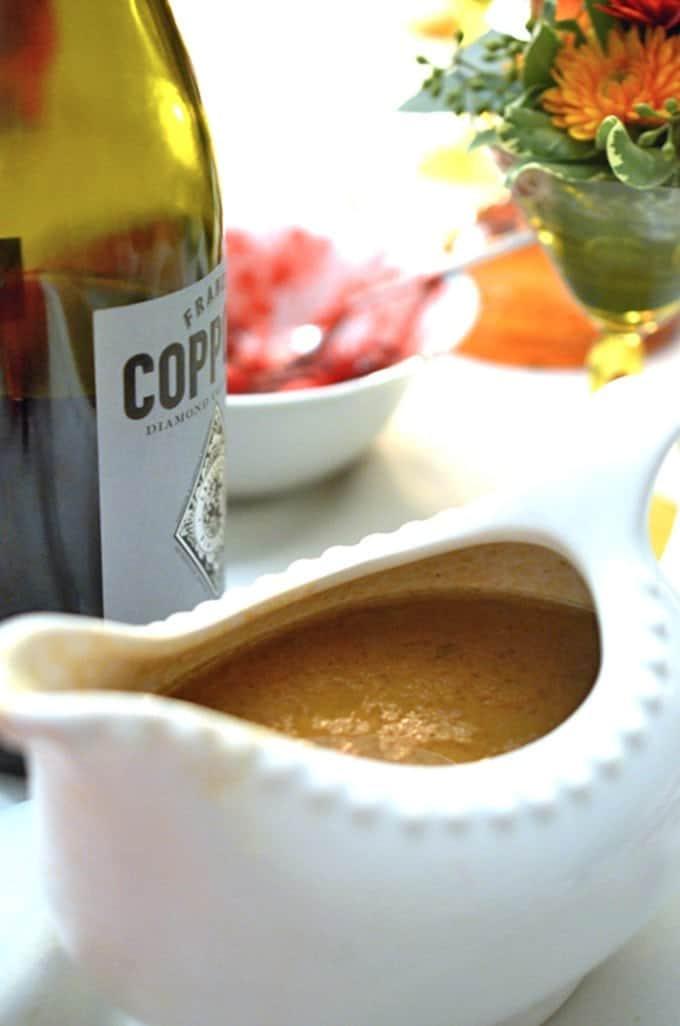 Rich Roasted Turkey Gravy Recipe - Platter Talk