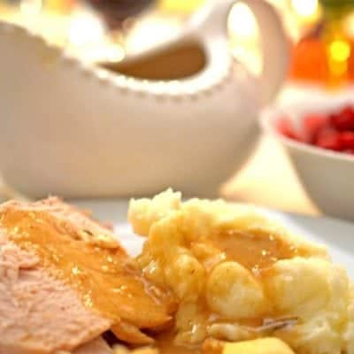 Rich Roasted Turkey Gravy Recipe