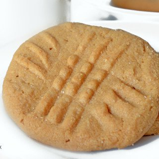 3 Ingredient Old Fashioned Peanut Butter Cookies
