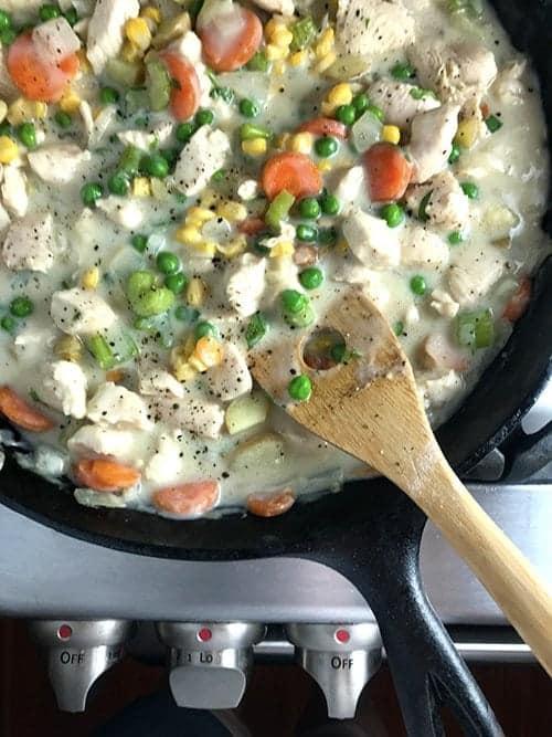 Chicken Skillet Biscuit Pot Pie Reipe