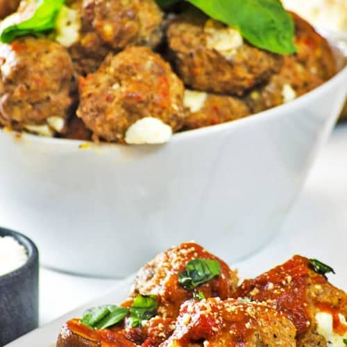 These pizza meatballs are an amazing potluck idea for work!