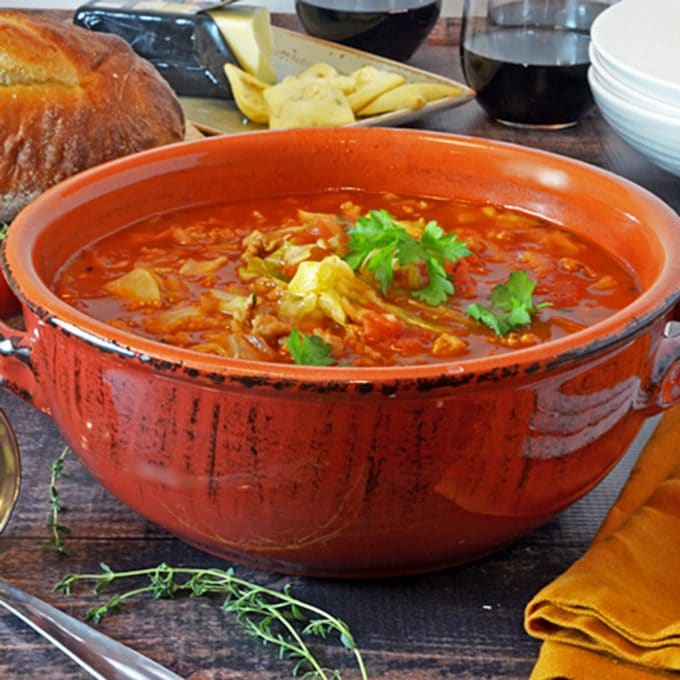 Bowl of Gołąbki soup