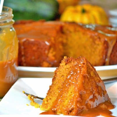 Slow Cooker Sticky Caramel Pumpkin Cake