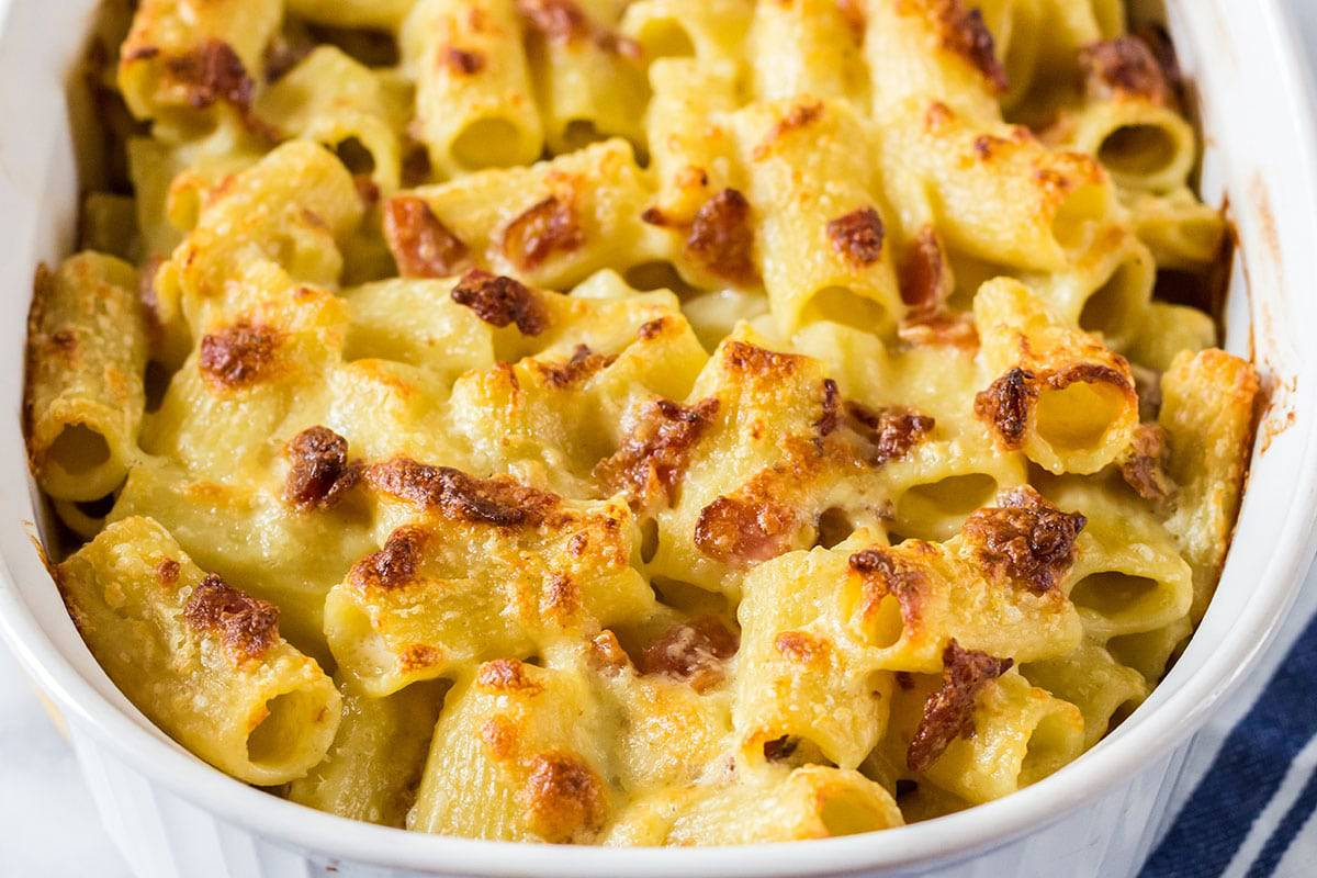 pan of baked macaroni and cheese.