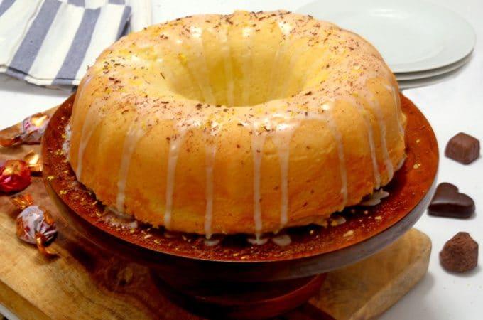 7 up pound cake with lemon icing glaze
