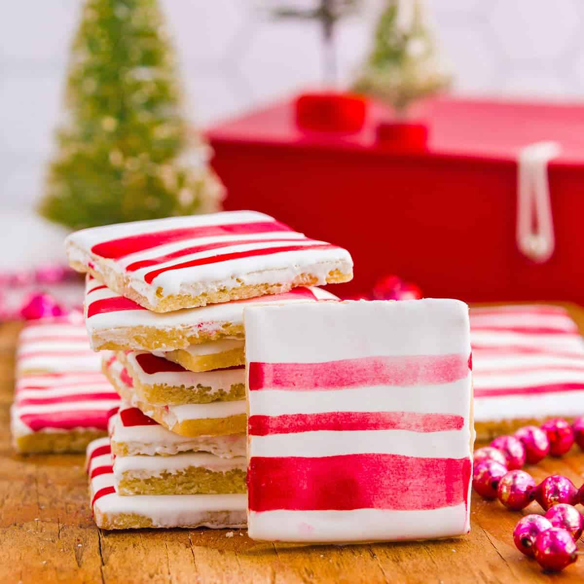 Peppermint sugar cookies with red stripes